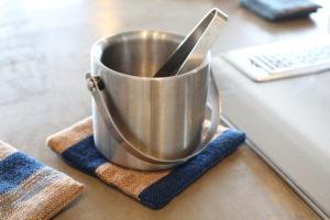 藍染鍋敷き